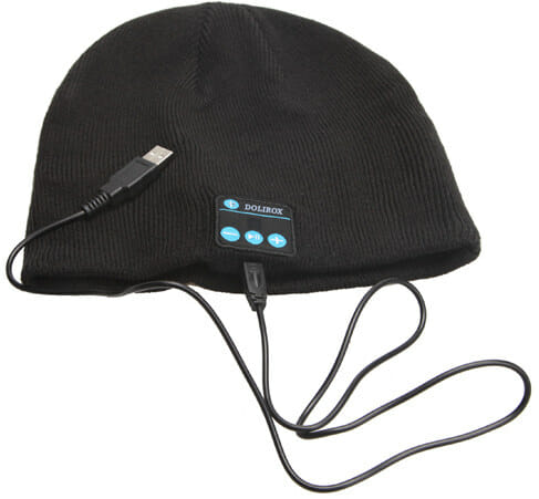 knit_hat_charging